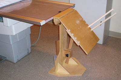 Merchant Board With Dowel Arms For Filmless Cassettes